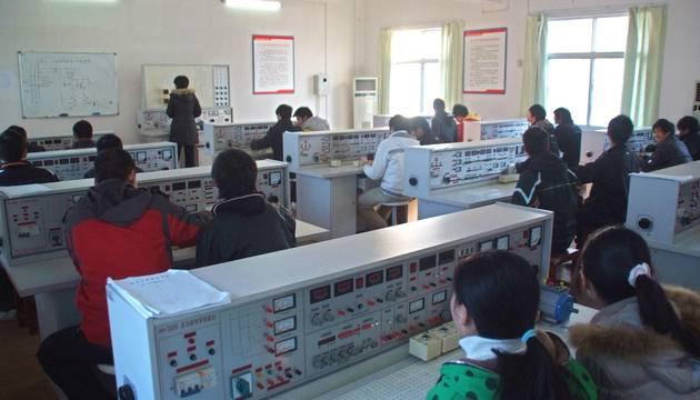 黄冈科技职业学院